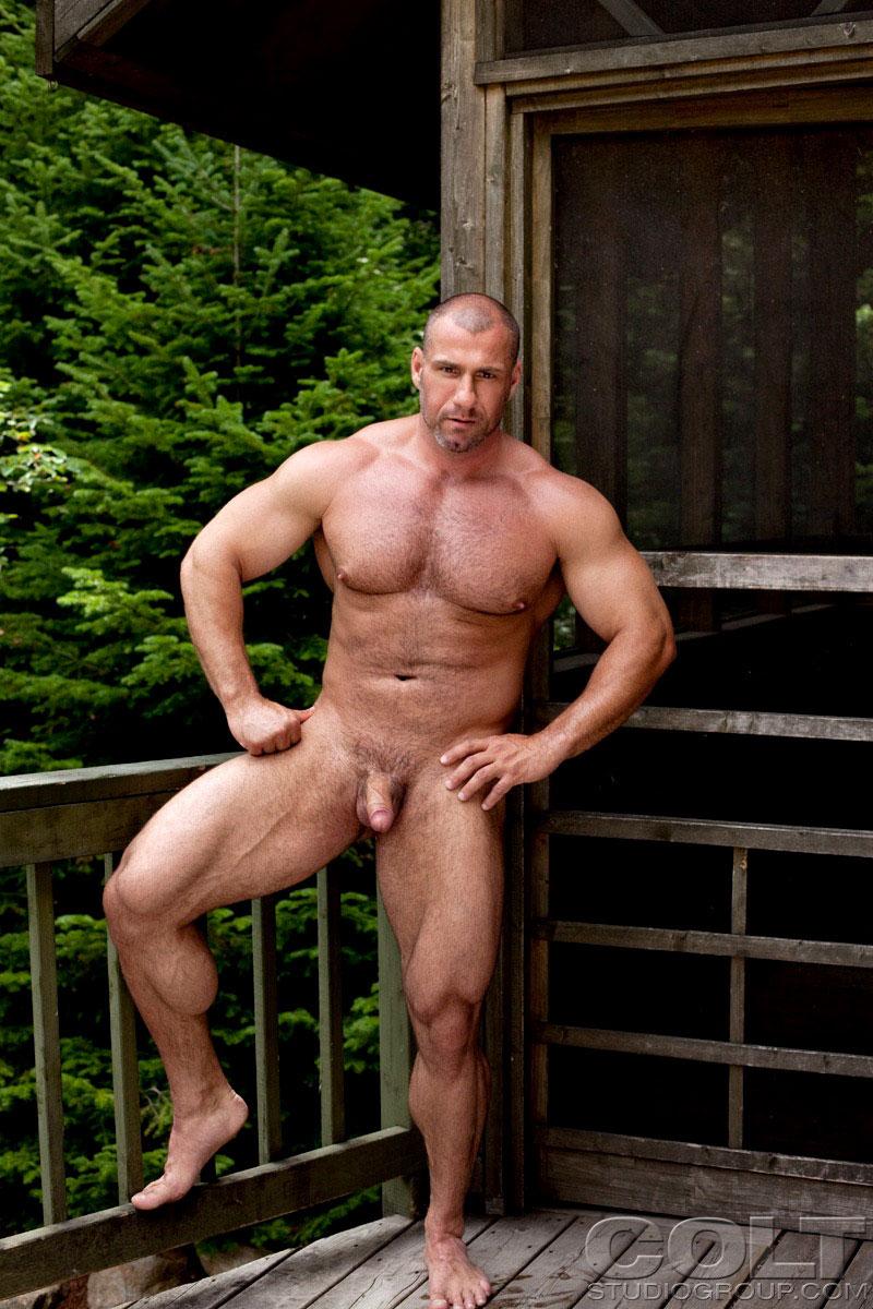 Naked mature bodybuilder