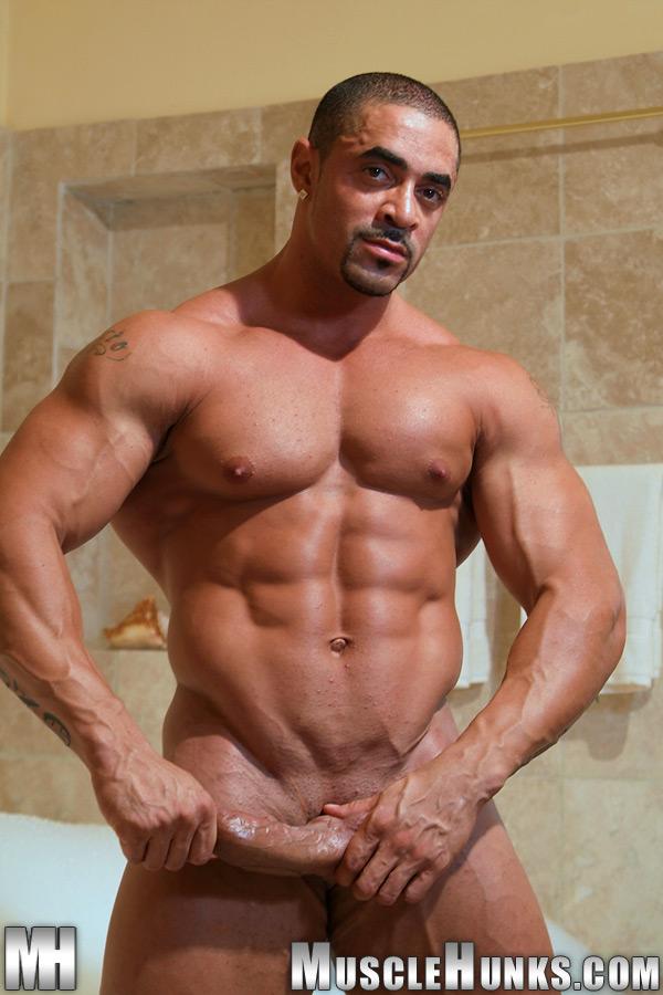 Eddie nude