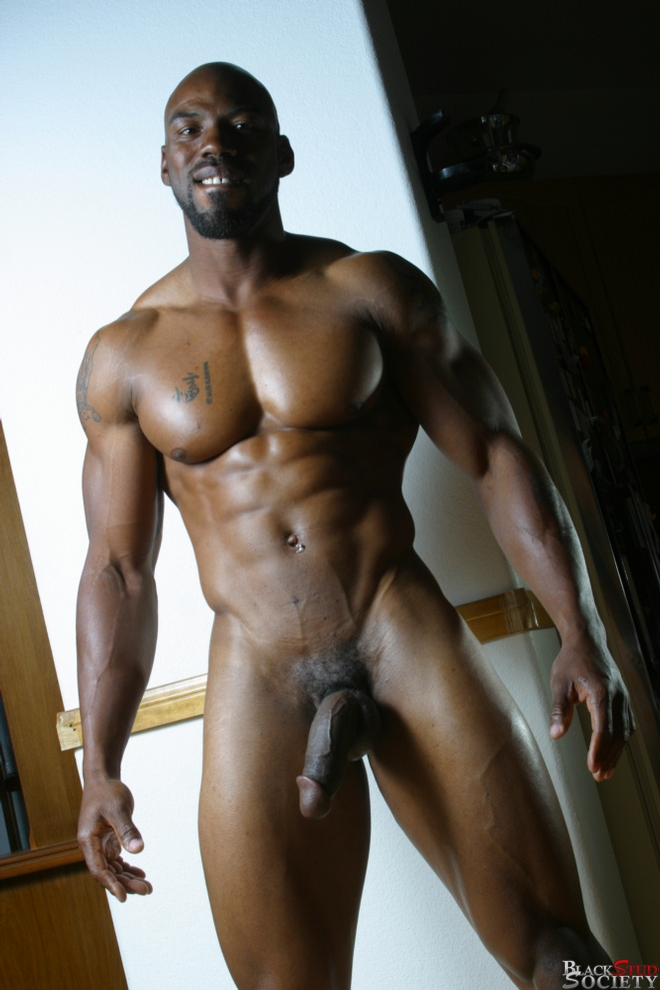 Muscle Black Hunk Spitroasting Submissive