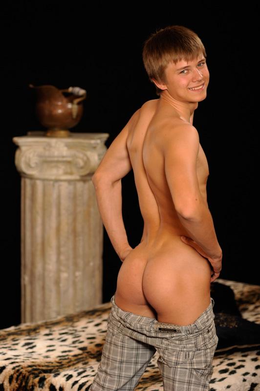 Sascha Borodin Tugging Dick