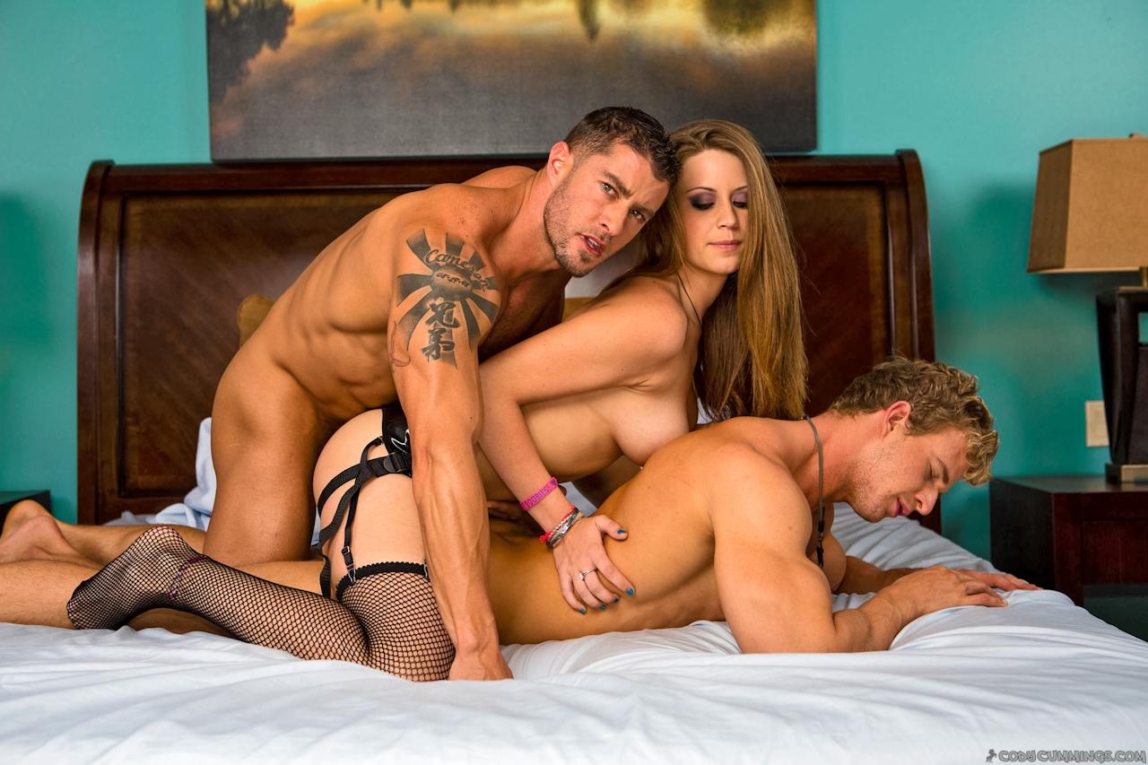 http://cdn.ct.sexhoundlinks.com/183/42891/6b123f77dfd499b6713e7e35e42fa421/11.jpg