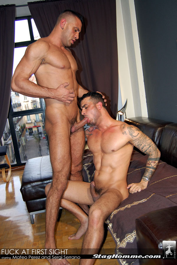 SITE GAY HOMME