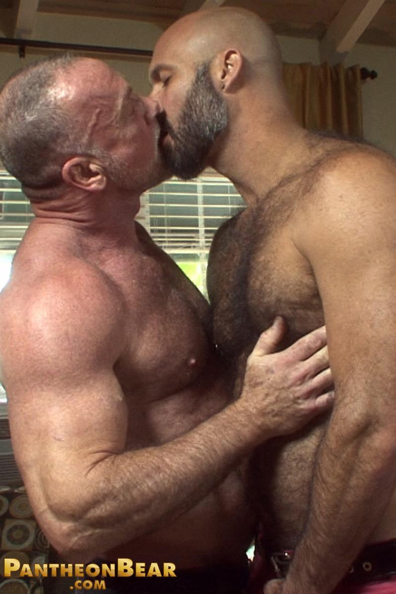 marco lombardia gay bear sexy