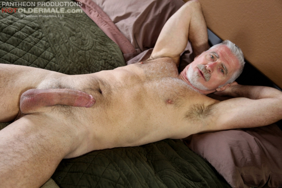Where can naked silverdaddy cock