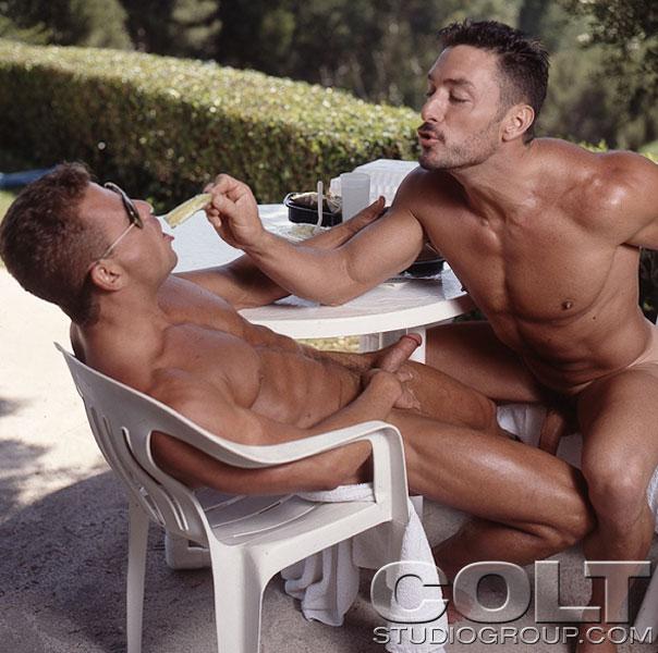 alex lambert gay