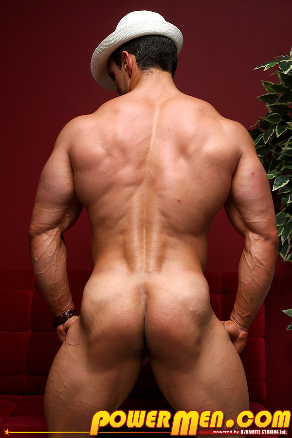 Free video clip of gay body builder