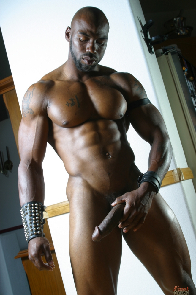 Big muscle black dick